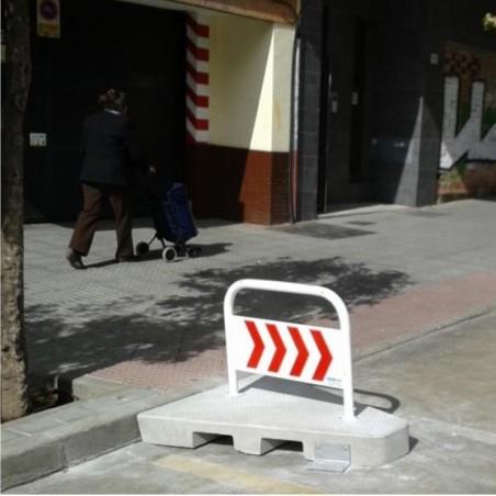ISLETA DE VADO CON BARANDILLA